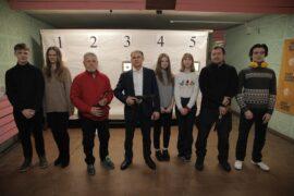 Михаил Романов посетил стрелковый клуб «Вымпел» в Купчино и встретился с молодежью